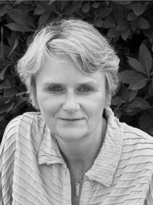 Lesley Thomson